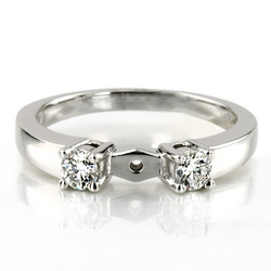 Enr2117 three stone prong set diamond engagement ring 0 20 ct tw